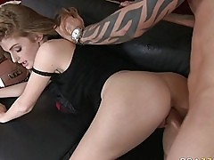 Ravishing blonde porn star gives fantastic blowjob