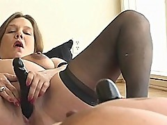 Pregnant Babe Toy Fucking Her Pussy