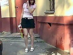 Public skirt wetting