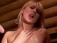 Blow job master class from pretty blonde