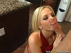 Cookin it Up With The Blonde Pornstar Alexis Texas