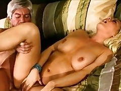 Sexy hot girlfriend Bree Olson loves getting jizzed after ba...
