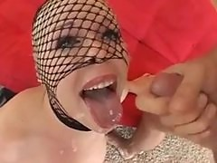 Missy Monroe Takes It On The Chin