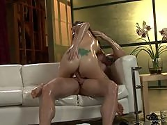 Sindee Jennings Gets Her Wet Pussy Oiled Up Fuck Some Insane Fuck