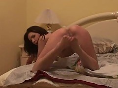Amateur galfriend sexy striptease at home